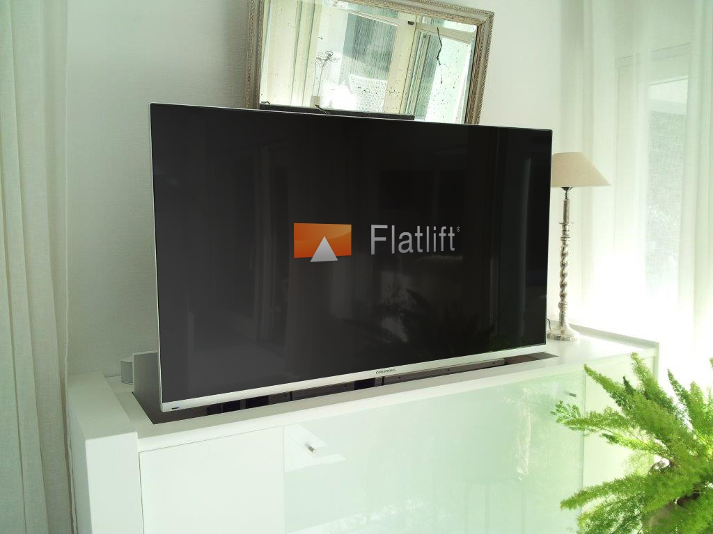 tv m bel mit schwenkbarem flatlift fernseh lift tv lift projekt blog. Black Bedroom Furniture Sets. Home Design Ideas